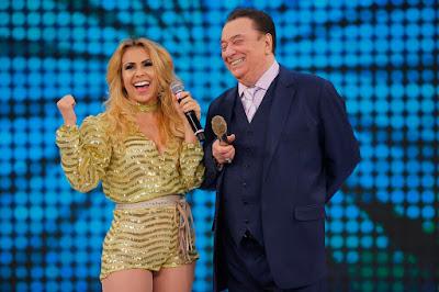 Raul Gil e Joelma (Crédito: Rodrigo Belentani /SBT)