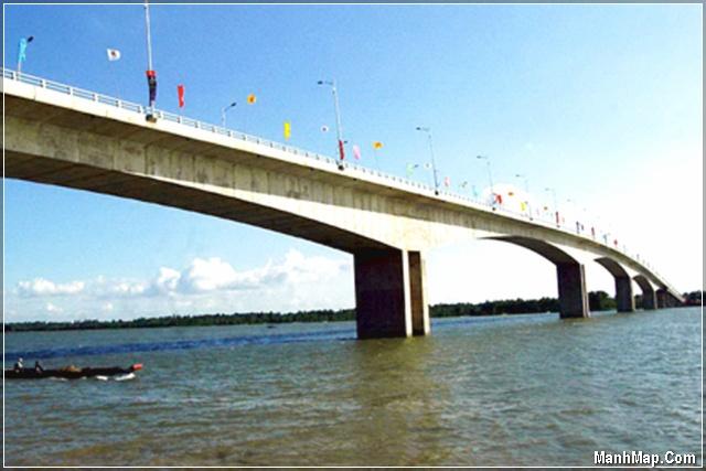 Cầu Hàm Luông - Bến Tre