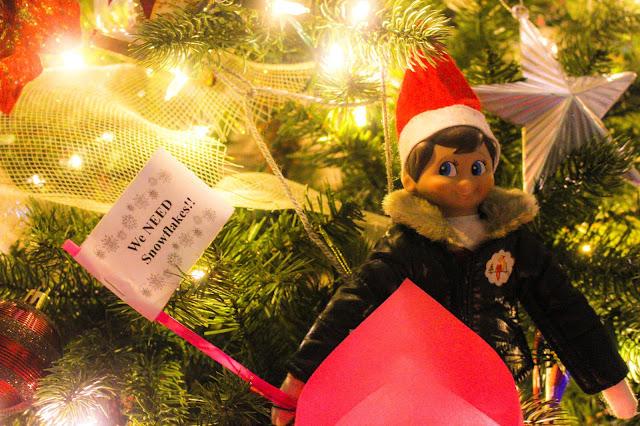 homeschool, craft, holidays, christmas, snowflake, Elf on the Shelf