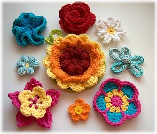 งานฝีมือถักโครเชต์ รูปดอกไม้ รับงานทําที่บ้าน สำหรับสร้างรายได้เสริม เหมาะกับผู้ที่ต้องการงานฝีมือทําที่บ้าน เป็นรายได้พิเศษ