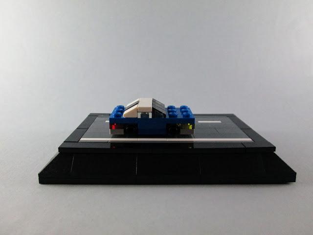 MOC LEGO Carro azul em micro escala