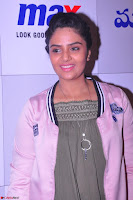 Sree Mukhi at Meet and Greet Session at Max Store, Banjara Hills, Hyderabad (42).JPG