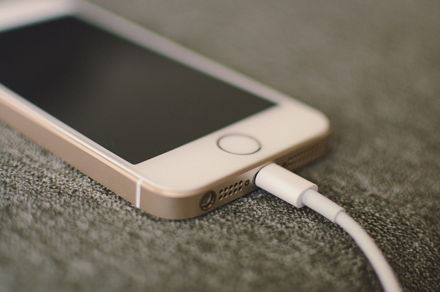 Business insider - What percent should you charge your phone