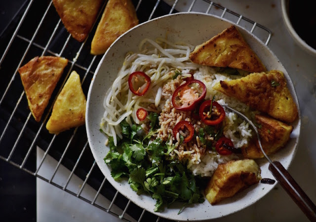 Fried burmese chickpea tofu