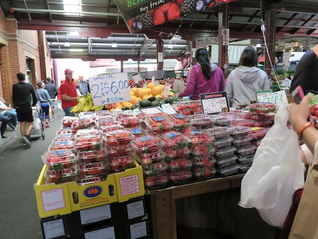 strawberry on sale, queen victoria market, Melbourne, Australia