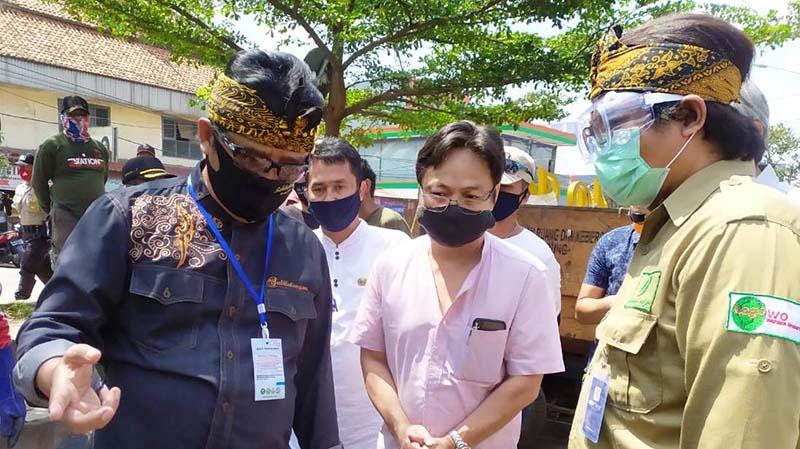 Dadang Naser Gelar Stungta di Pasar Ciparay