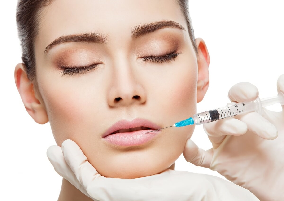 A Harmonização facial une diferentes procedimentos estéticos e odontológicos para oferecer resultados mais completos !