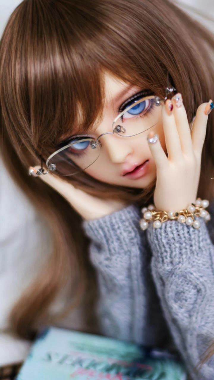 cute-doll-glasses-girl-getpics