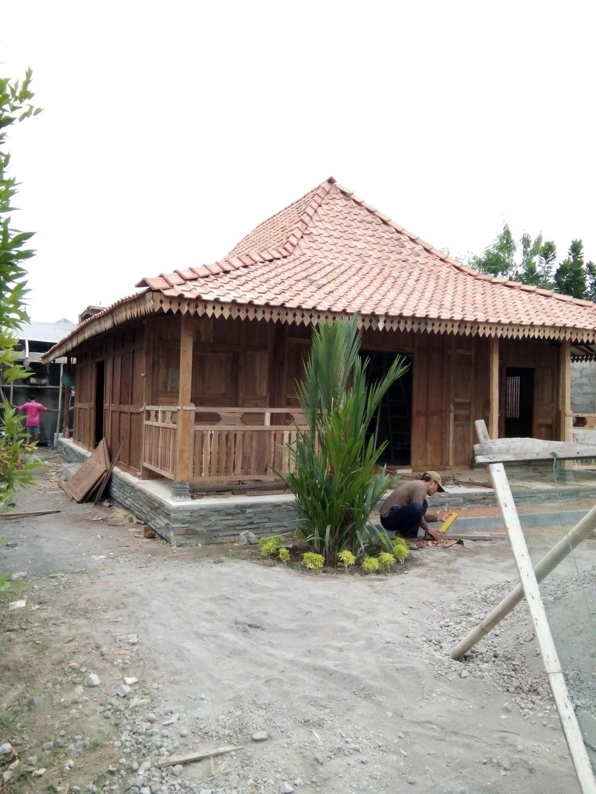 Dijual Rumah Limasan Tebal Tiang Utama 12 Cm Ndalem Jawi Antique