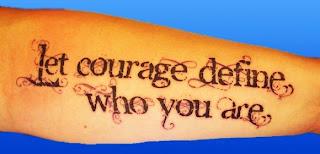 scris idee de tatuaj