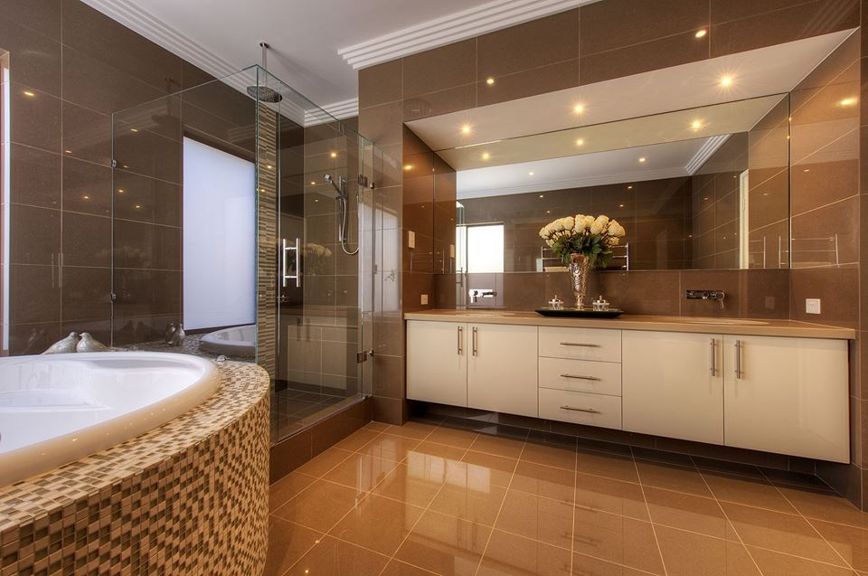 Bathrooms That Showcase Minimalist Design And Luxurious Touch