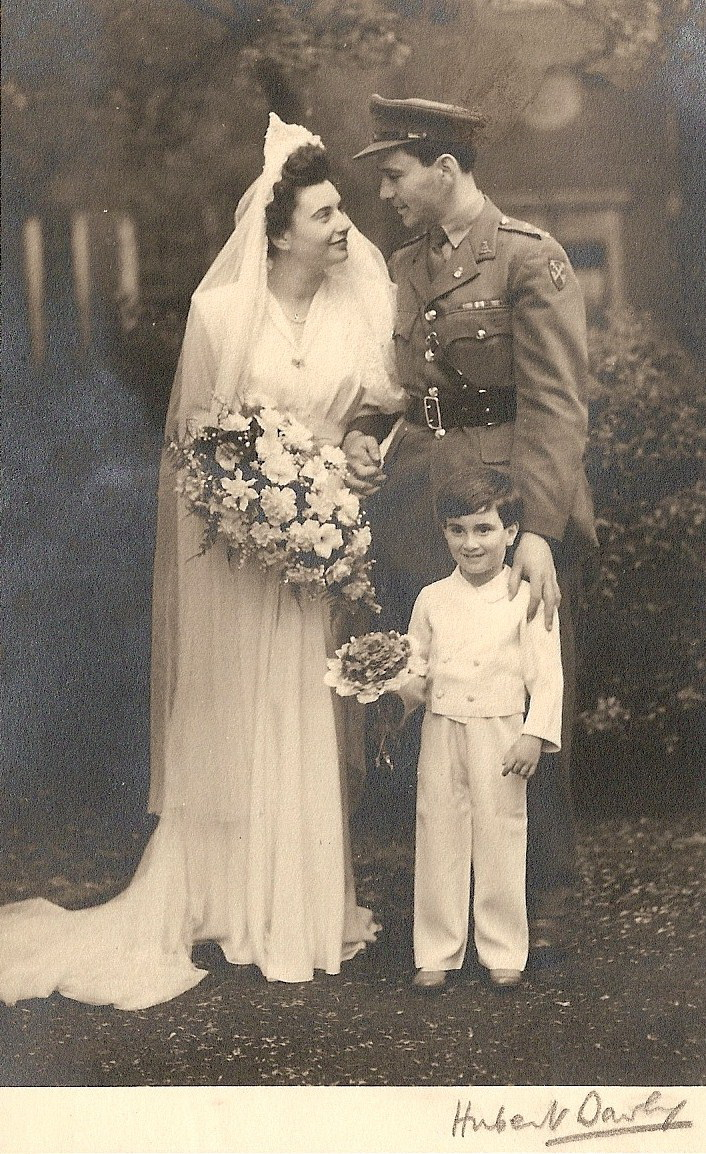 Lillys Lace: Vintage Wedding Photos To Add To Your Collection