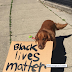 ΟΙ ΖΩΕΣ ΤΩΝ ΜΑΥΡΩΝ ΜΕΤΡΟΥΝ! Το βίντεο με τον σκύλο που έγινε viral