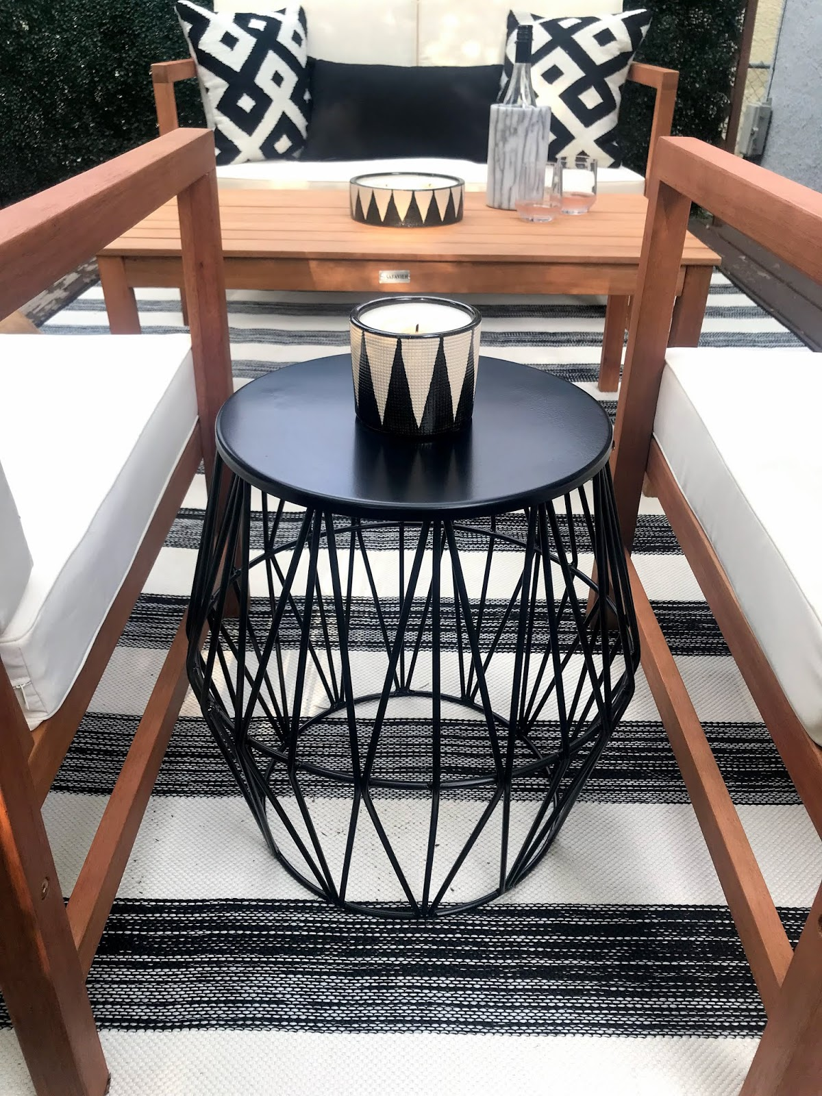 black-and-white-deck-inspiration