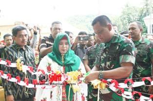 Panglima TNI,Resmikan Museum Kemanungalan TNI-Rakyat