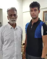 shivam dube with her father