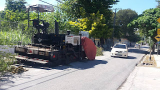 Periodista Wellintón Pérez llama al ministerio Obras Pública  retirar aparato obstruye tránsito en Cabral