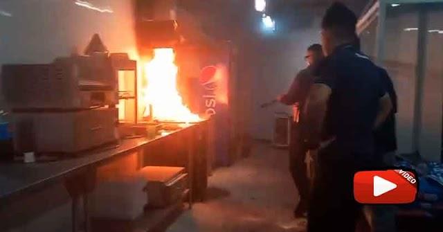 Así se quemó la cocina de CINEX del Centro Comercial Tolón