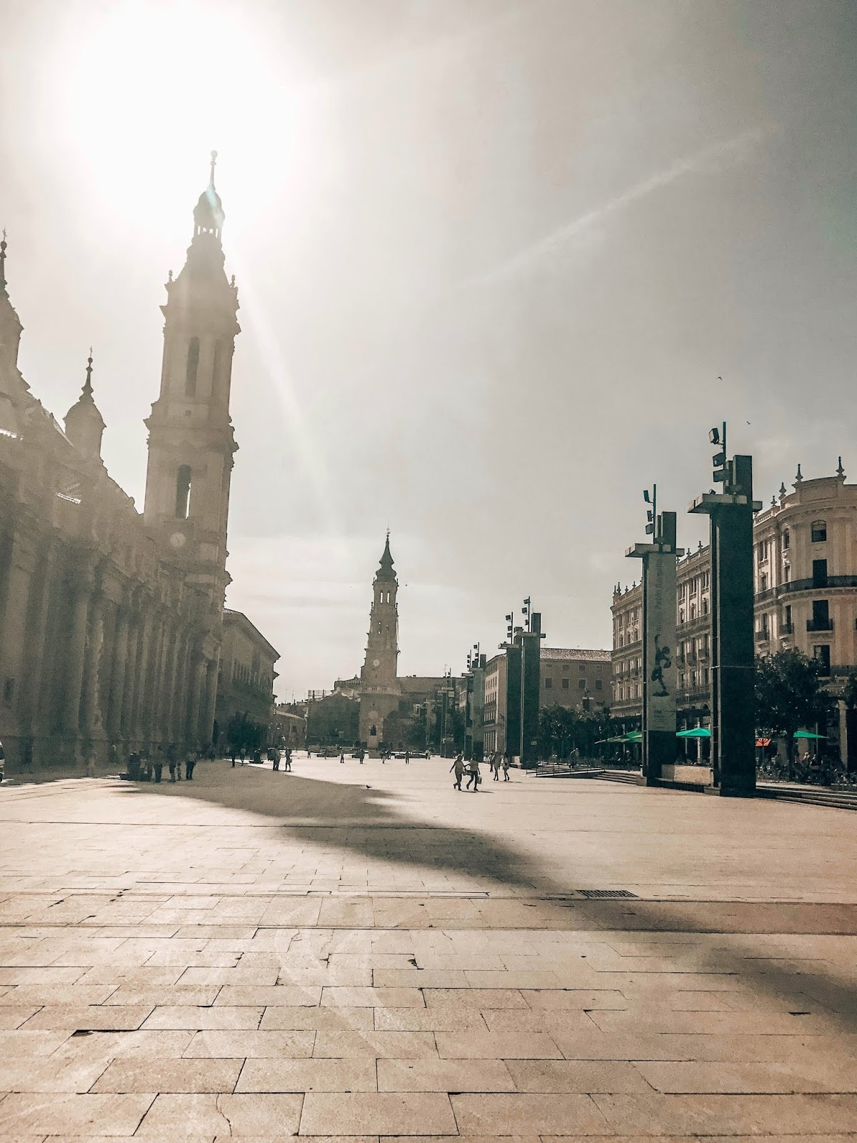 Zaragoza Spain Travel Guide