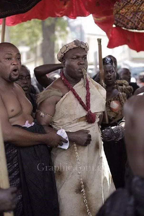 Photo: Ghana culture: Chief wears 400-year-old regalia to Asantehemaa's funeral