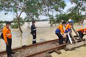 Banjir Jakarta, Sejumlah Perjalanan Kereta Jarak Jauh Dibatalkan
