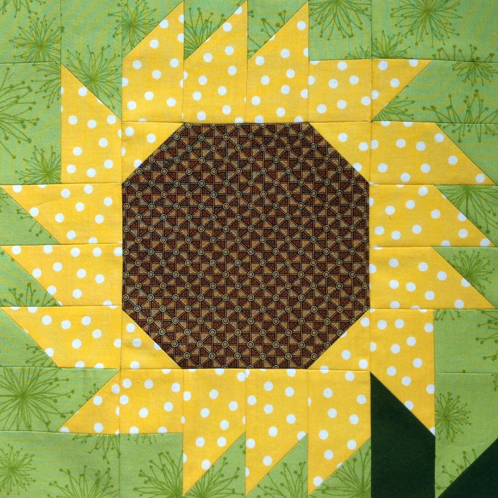 Starwood Quilter Sunflower Quilt Blocks Galore And Happy