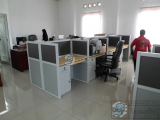 Furniture Meja Partisi Kantor 4 x 2  ( Furniture Semarang )