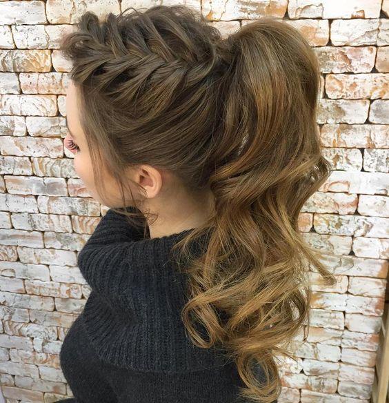 7 modelos de trenzas con colas de cabello que est n de - Que peinados estan de moda ...