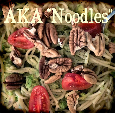 noodles pasta with pecans avocado oil tomatoes lunch dish