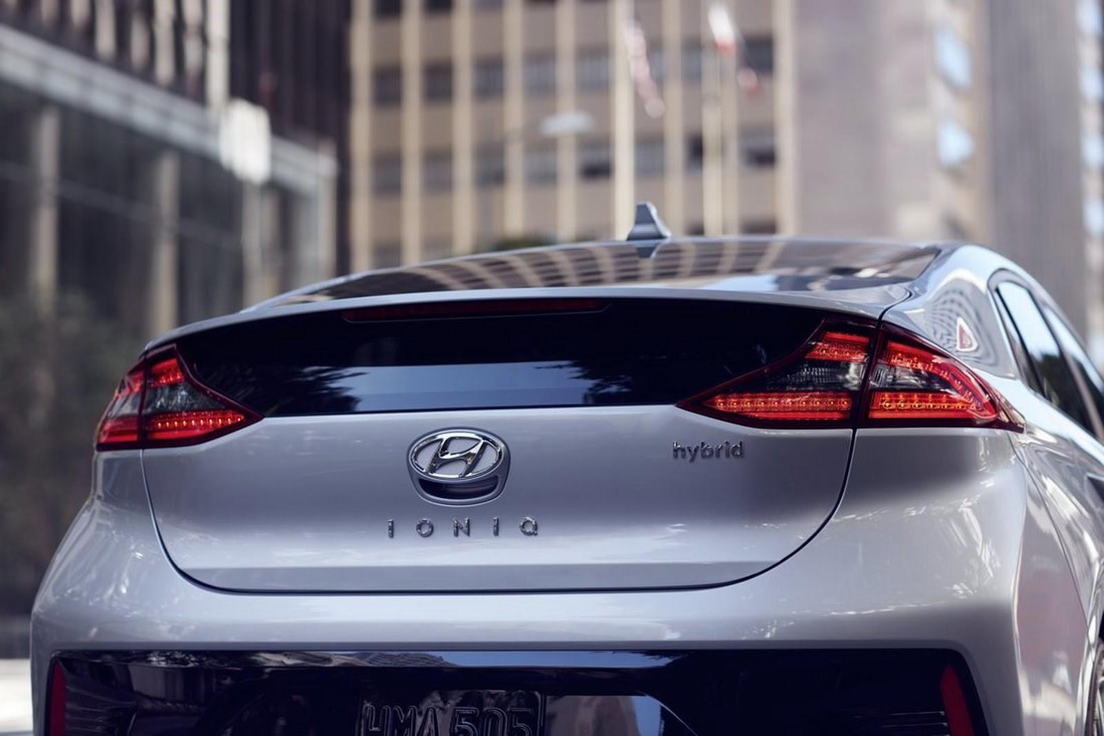 Đánh giá xe Hyundai Ioniq 2017