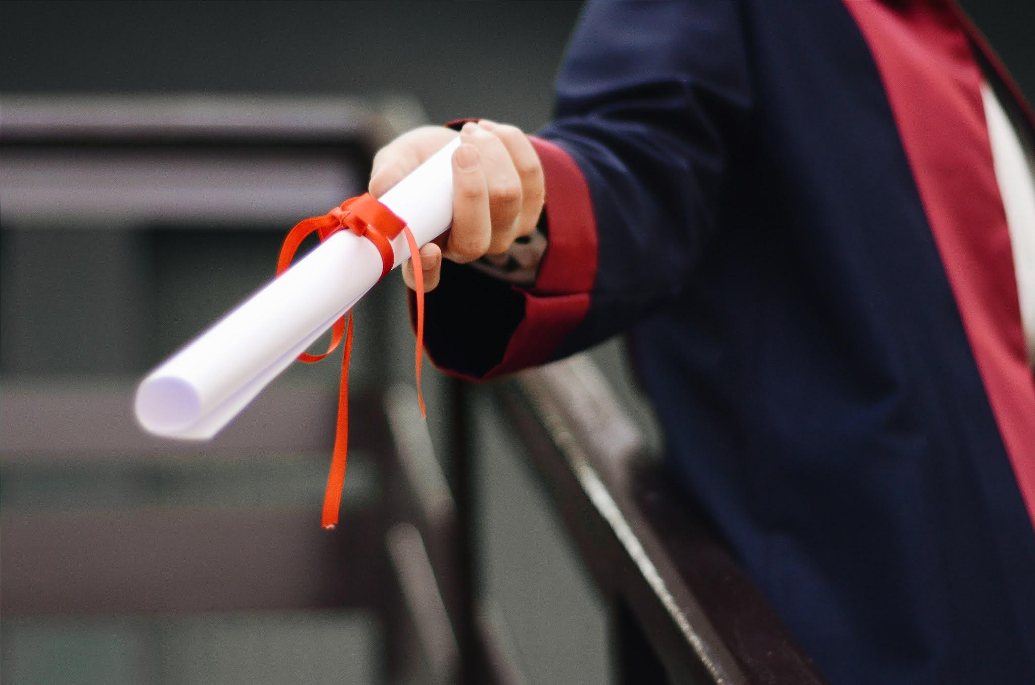 Diploma em Portugal