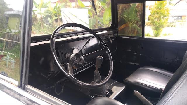 Interior Jeep SJ Gladiator