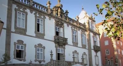 Fachada do Palácio do Freixo