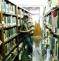 Puisi bertema Perpustakaan