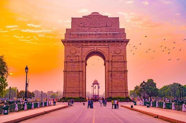 Unbelievable Facts About Delhi in Hindi