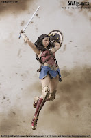 S.H.Figuarts Wonder Woman de Justice League - Tamashii Nations