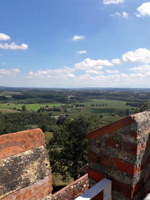 Le château de Morlanne monument historique Bearn Nouvelle Aquitaine Moyen-Age Gaston Febus