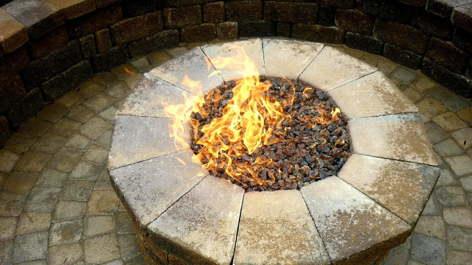 Fire Pit With Glass Crystals - Fire Choices