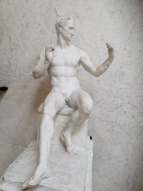 VENICE BLOG - George Washington in the Nude by Canova - photo by Cat Bauer