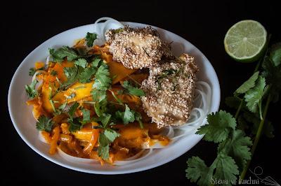 Kurczak w sezamie z curry