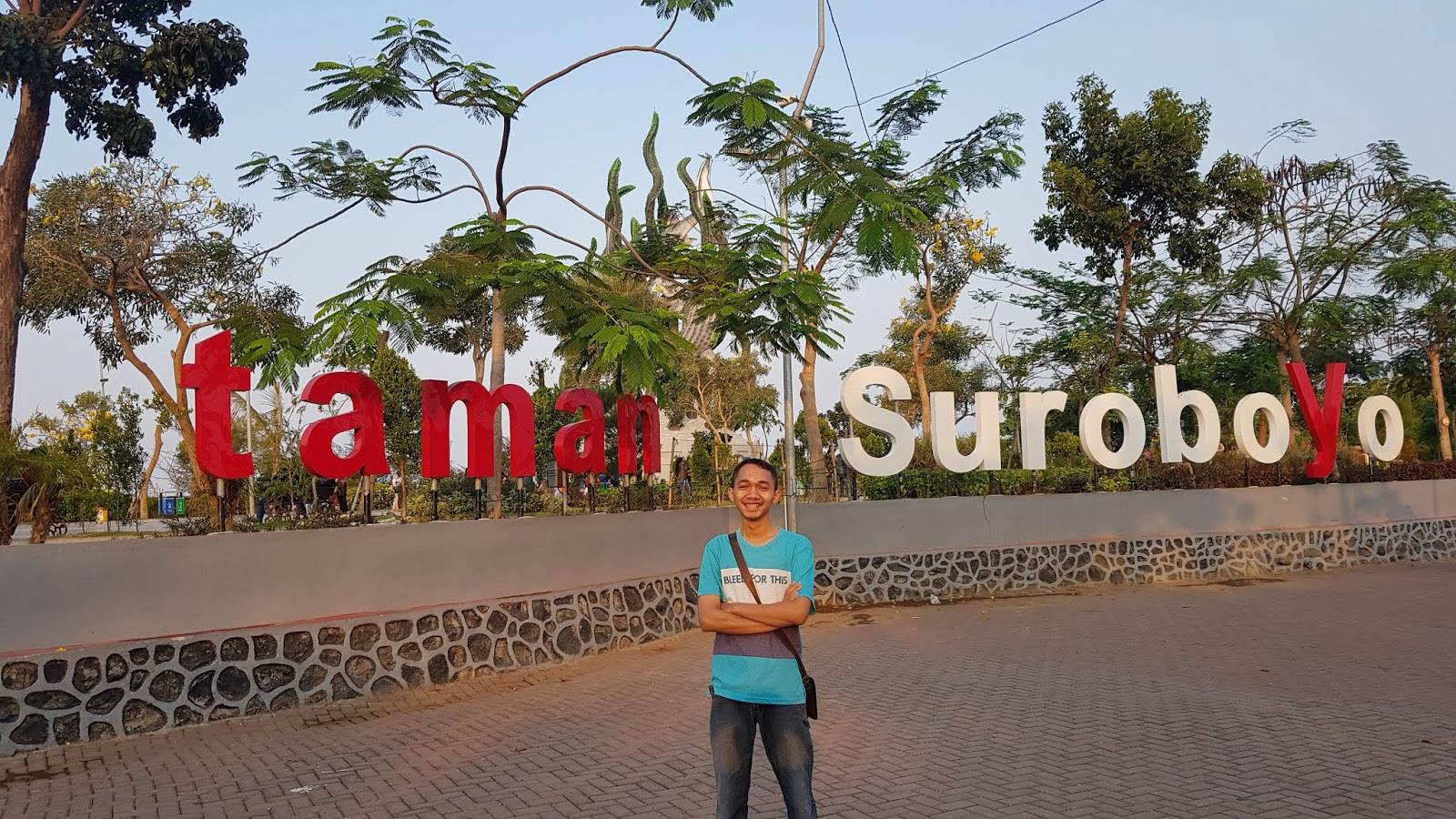 Aku dan taman suroboyo. Bangga Surabaya.