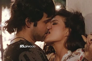 Jacqueline Fernandez Supporting To Emraan Hashmi For Kissing