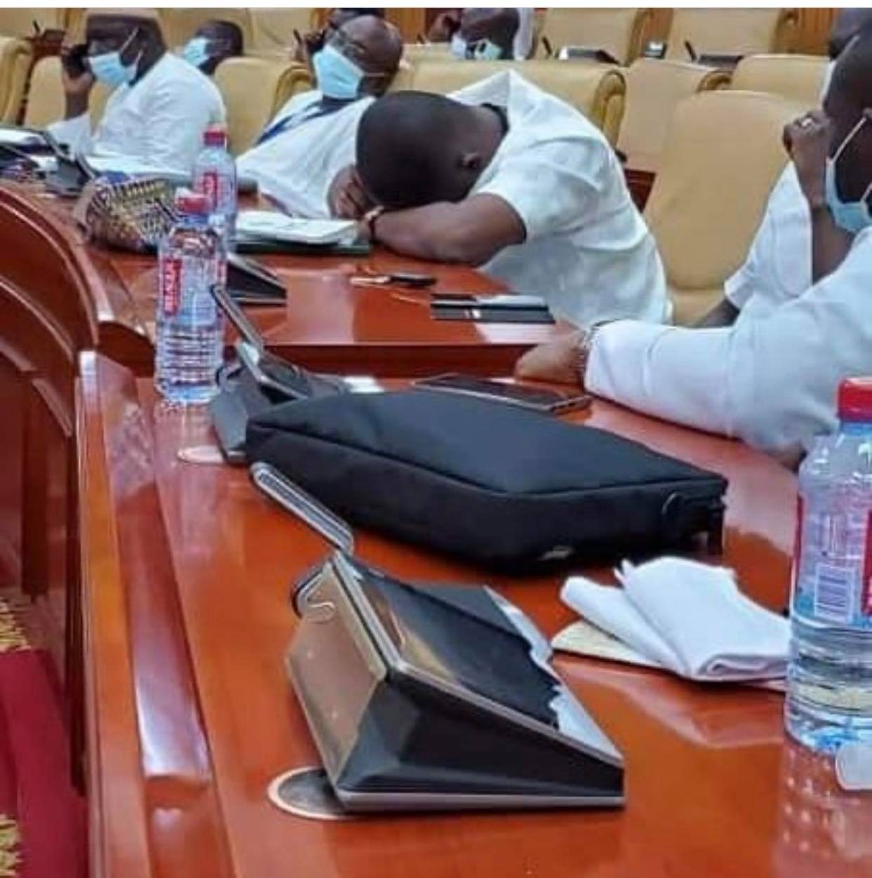 npp%2Bmps3 - Photos Of NPP MP Sleeping In Parliament After Reporting 4am To Take Over Majority Seat Pops Up