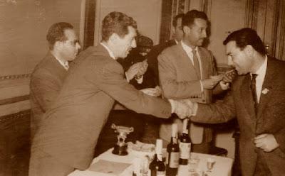 Enrique Otero, recogiendo su premio