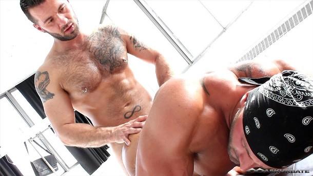 Manuel DeBoxer & Max Chevalier Sexo Gay