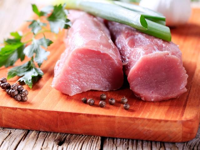 Pork in Büyükada, Büyükada Domuz Eti Marketi, Büyükada Domuz Kasabı
