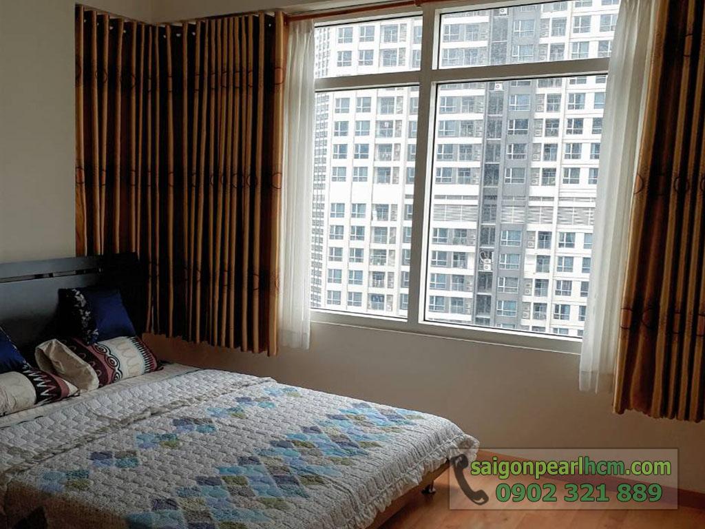 Saigon Pearl R2 lầu cao cho thuê 2 phòng ngủ full nội thất - hình 3