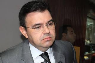 Raniery Paulino quer adoção de medidas na alimentação fornecida aos servidores de saúde do Hospital Metropolitano.