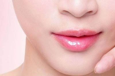 Menjadi Trend, Yuk Simak Langkah Mudah Membuat Lipstik Ombre