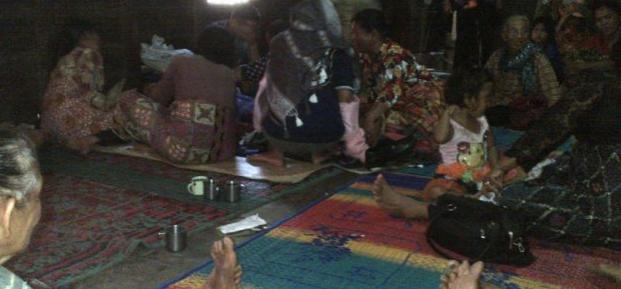 Suasana duka di rumah Jakkon Purba foto : metro siantar/jpg